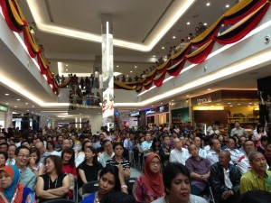 Wendy Kwek Summer Mall Kuching 3