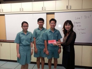 Wendy Kwek Ang Mo Kio Secondary School-20131029-WA0017